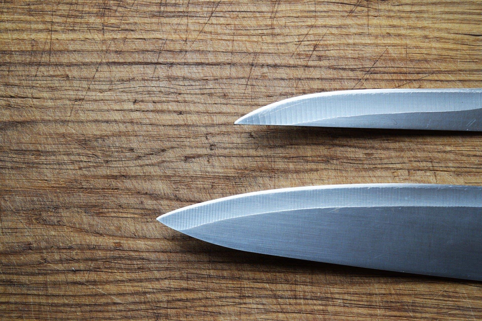 Europäisch oder doch japanisch? Welches Kochmesser passt zu mir?